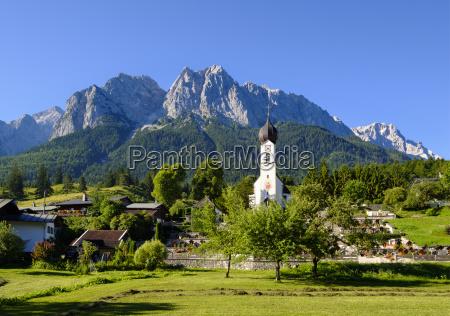 deutschland oberbayern grainau mit etterstein bergen