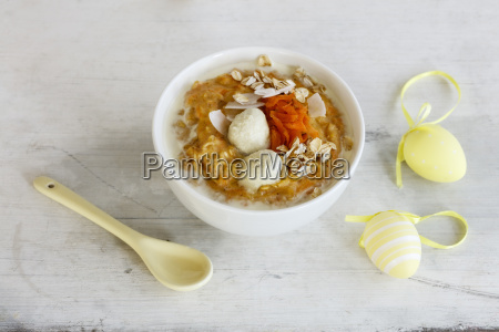 carrot porridge and easter decoration