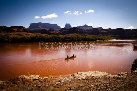 canoeing colorado river