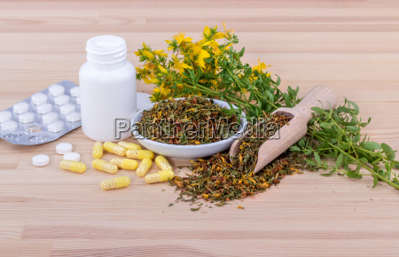 blooming st johns wort and medicines
