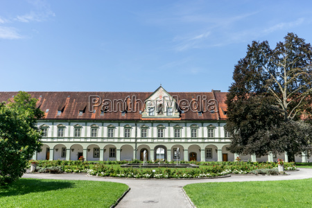 monastery benedickbeuern with fountains and green