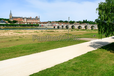 bridge and gien city in loire