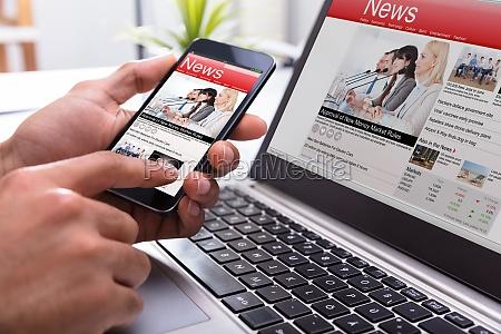 wirtschaftler der smartphone mit on line