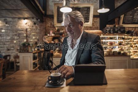cafe menschen leute personen mensch glas