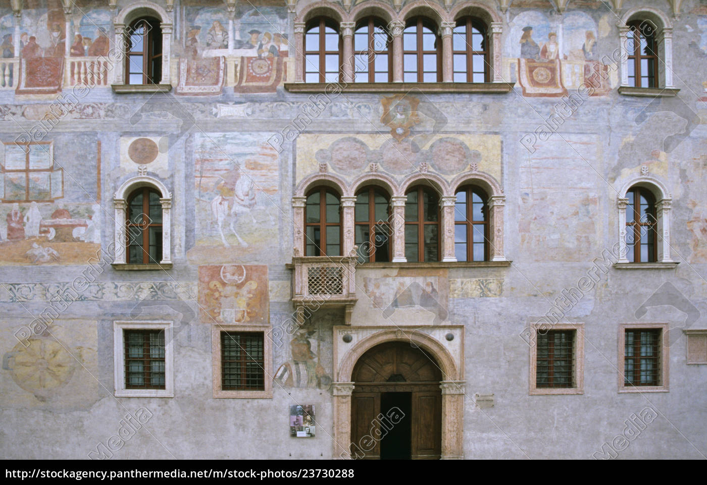 fresken, am, palazzo, geremia, in, trient - 23730288