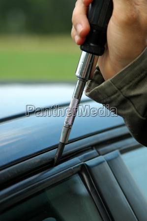 symbolbild autoknacker
