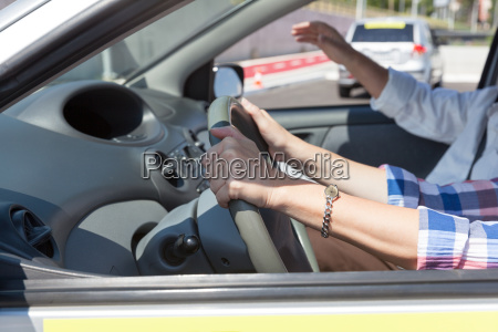 lernen ein auto zu fahren fahrschule