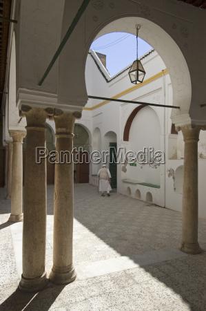 alte moschee in tripolis tripoli