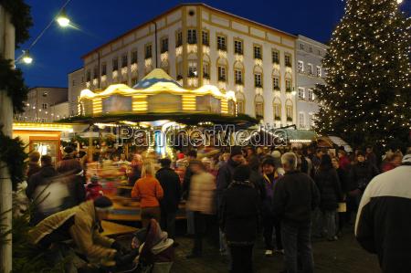 weihnachtsmarkt in rosenheim oberbayern