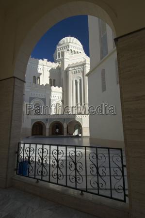 ehemalige kathedrale und heutige moschee in