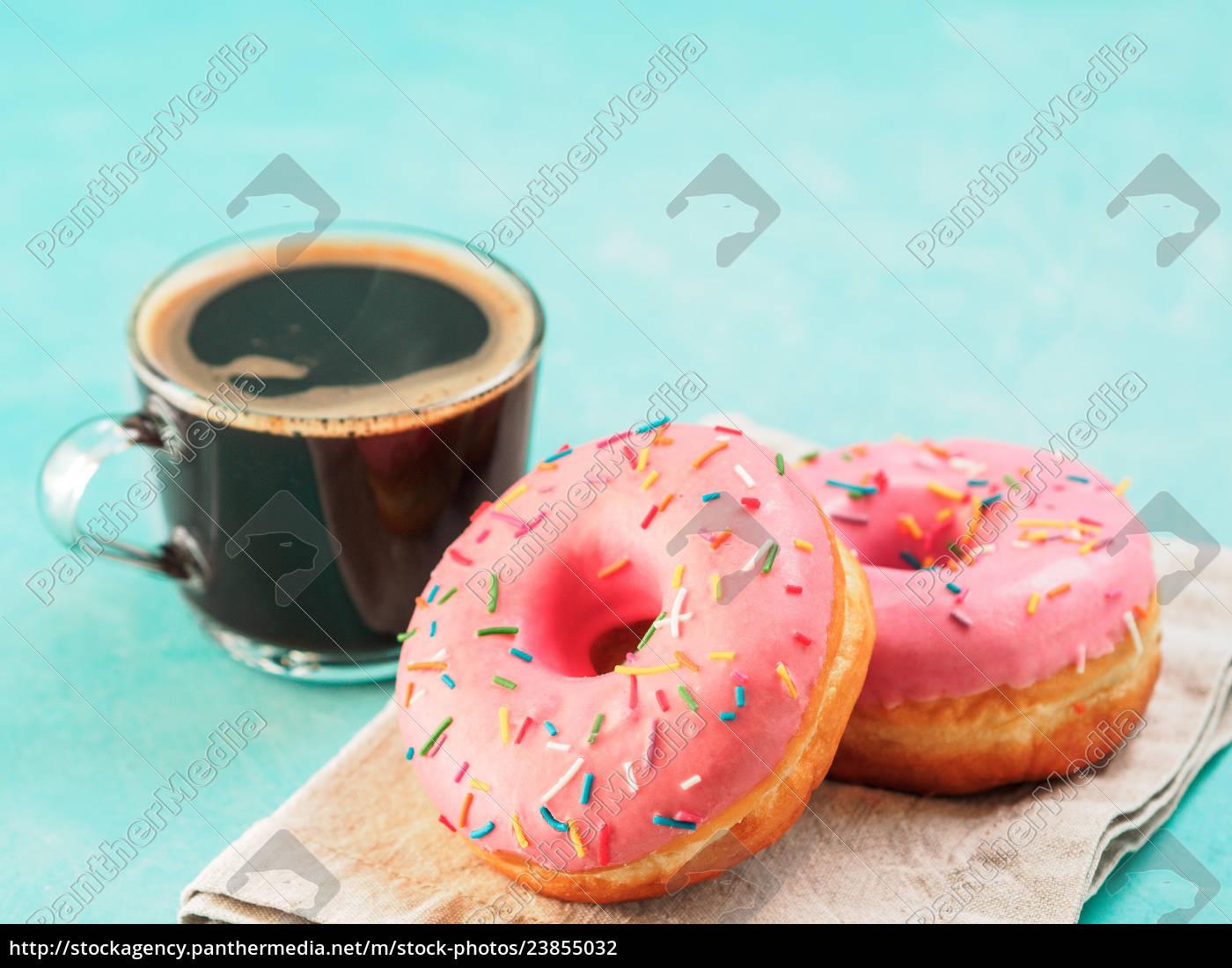 rosa, donuts, auf, blauem, hintergrund, kopienraum - 23855032