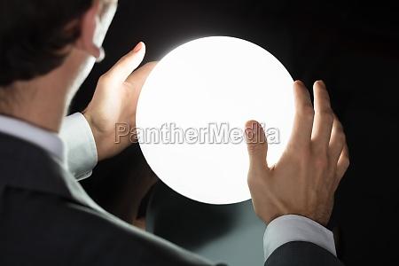 pilka przyszlosc krysztal przepowiednia przewidziec przyszlosci