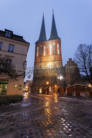 fahrt reisen architektonisch religion kirche stadt