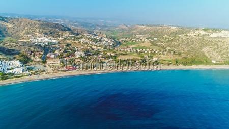 strand bucht zypern landungssteg salzwasser see