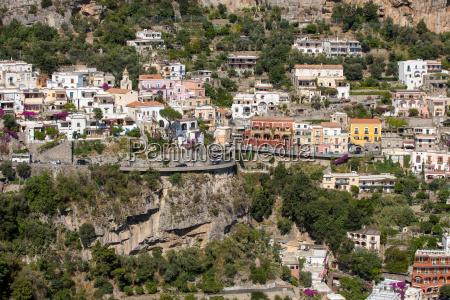 kleine stadt von positano entlang amalfi