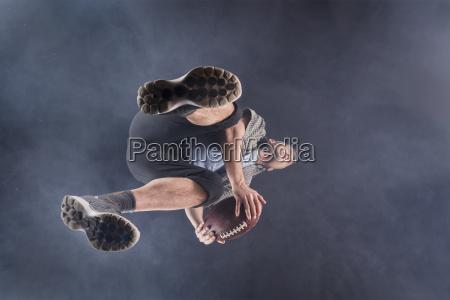 mann 48 jahre rugby studioaufnahme mit