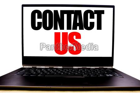 handgeschriebener text mit kontakt business concept