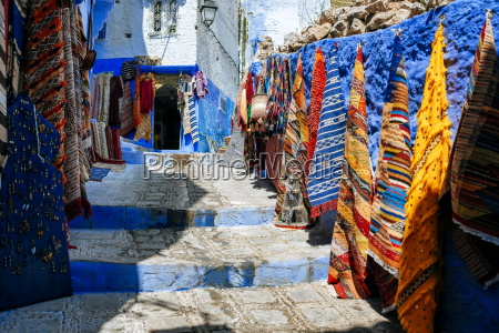 morocco chefchaouen carpet shop presenting offers