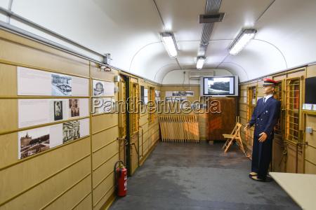bahn eisenbahn lok lokomotive zug triebfahrzeug