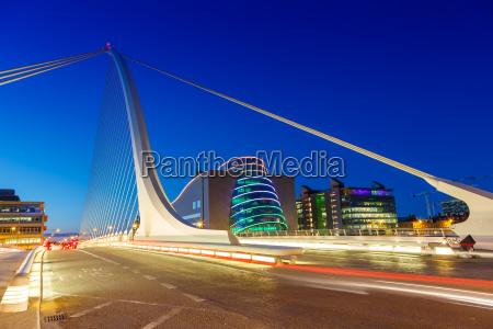 dublin irland samuel beckett bridge bruecke