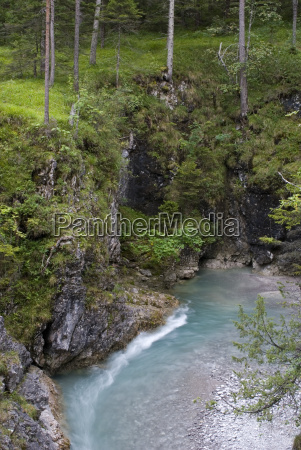 schlucht schwarzwassertal near confluence with lech