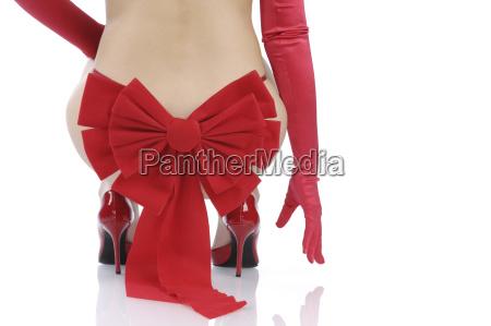 sexy frau mit roten handschuhen mit