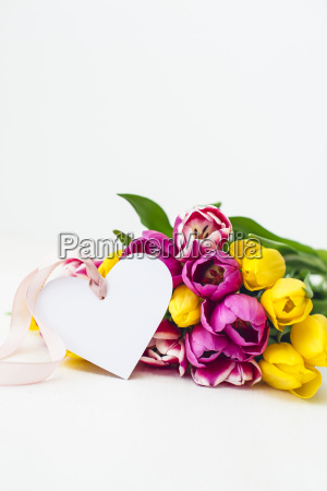 greeting card pink and yellow