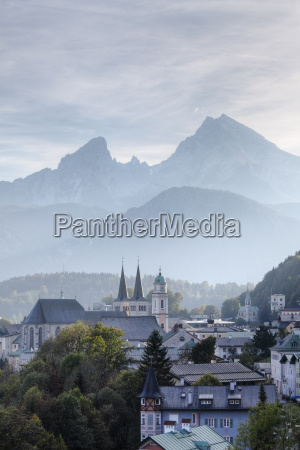 city view with parish church of