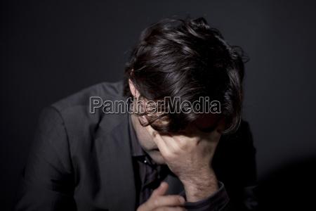 mann mit depression