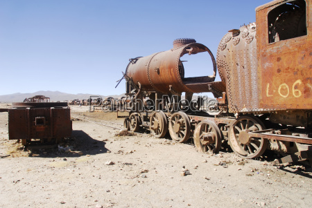 train cemetery wust uyuni bolivia south