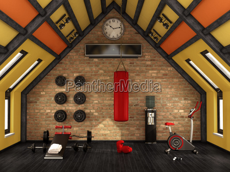 heim fitnessstudio in der mansarde