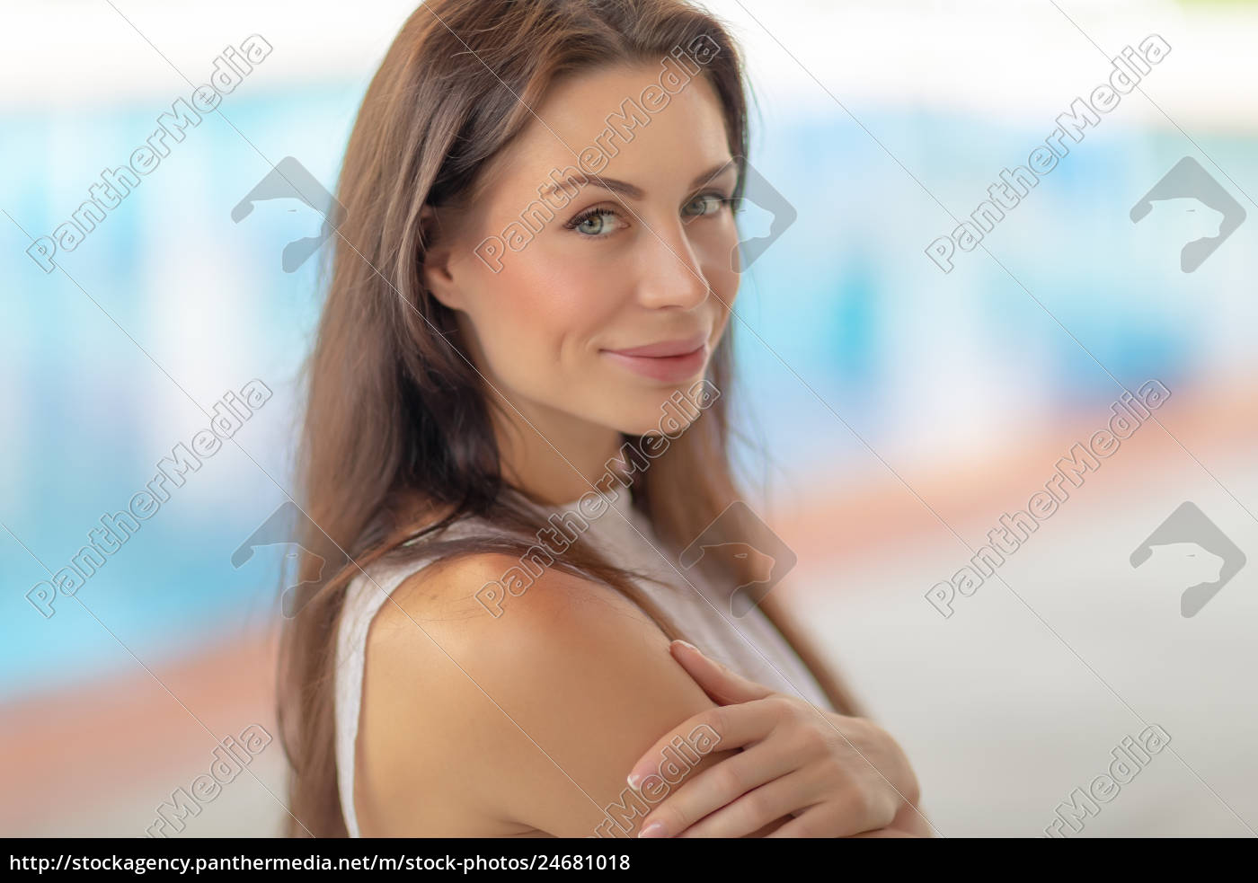 authentisches, frauenporträt - 24681018