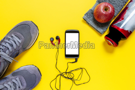 gesundes essen und ausruestung fuer sport