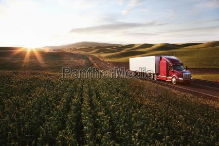 peterbilt class8 commercial truck driving through