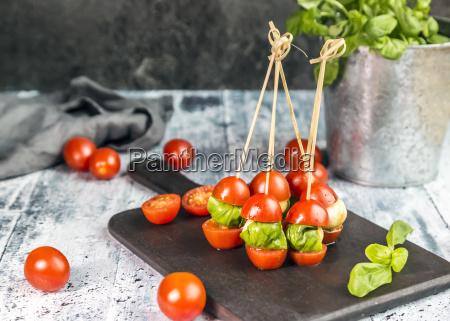 tomato mozzarella sticks basil