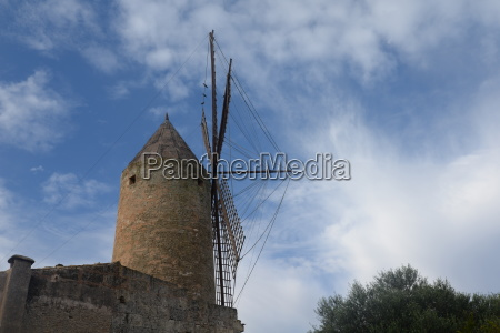 windmuehle in santa margalida mallorca