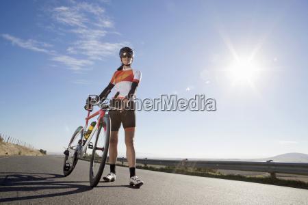 frau frauen sport weiblich leuchten leuchtet