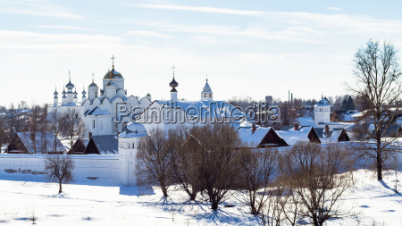 blau fahrt reisen kirche stadt winter