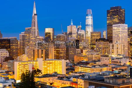 skyline von san francisco downtown luftaufnahme