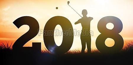zusammengesetztes bild des golfers der mit