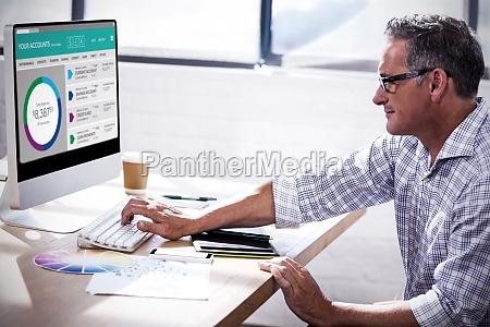 bank kreditinstitut geldinstitut buero karriere tastatur