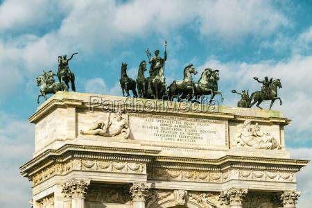 fahrt reisen historisch geschichtlich wolke skulptur