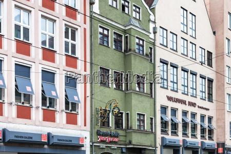 haeuser in der karolinenstrasse in augsburg
