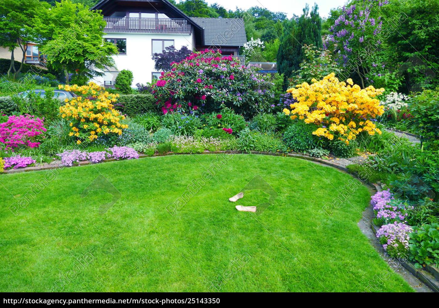 Stock Photo 25143350   Schöner Garten