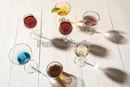 die rose exotische cocktails und fruechte