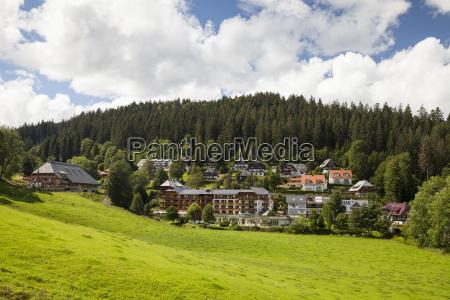 das schwarzwalddorf hinterzarten hochschwarzwald baden wuerttemberg