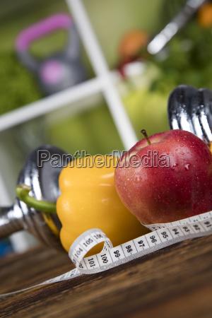 gesundes lifestyle konzept ernaehrung und fitness