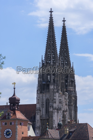 towers of st peter cathedral regensburg