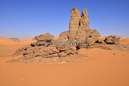 sanddunes and rock towers at moul