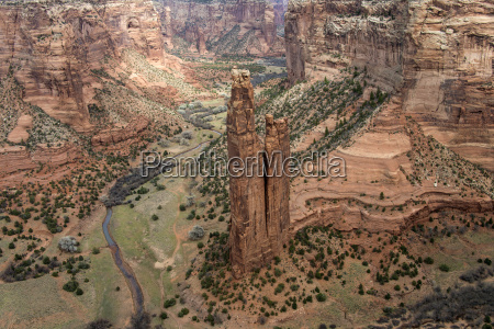 spider rock canyon de chelly national